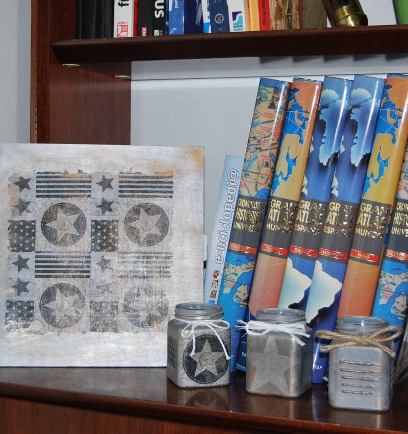 Cubo y tabla decorativa banderas y estrellas